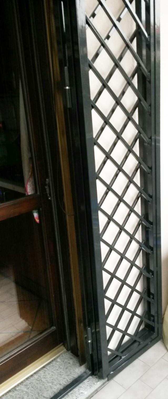 Inferriate porte finestre grata inferriata in ferro - Catalogo inferriate per finestre ...