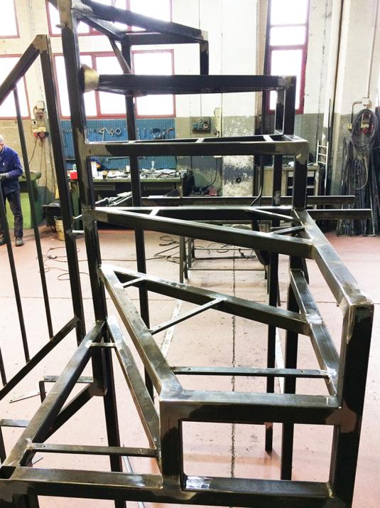 scala per interni a chiocciola in ferro - Fratelli Gussoni fabbro Cornaredo
