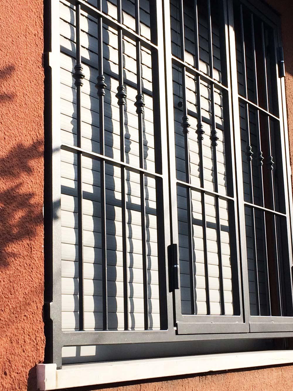 grata finestra con apertura sicura affidabile