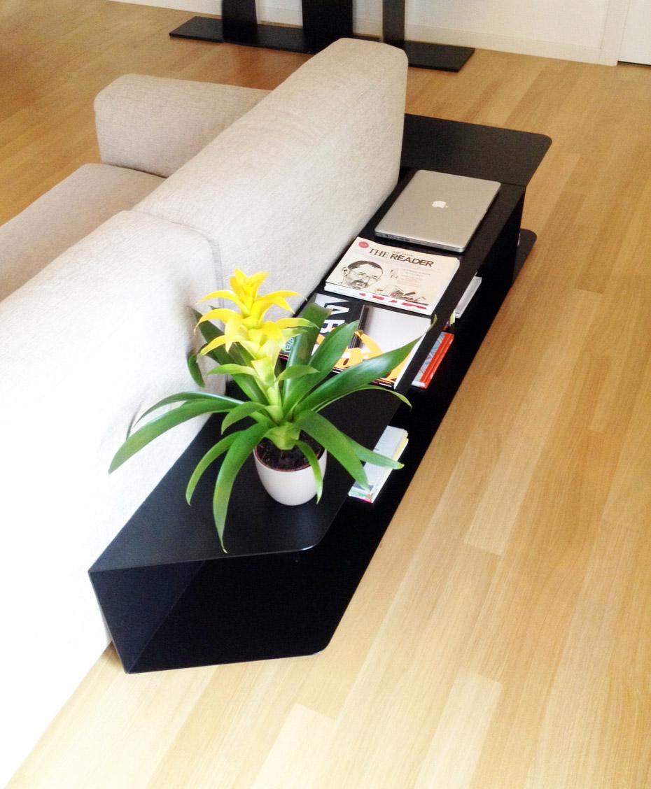 design mobile soggiorno ferro per schienale divano con angolo