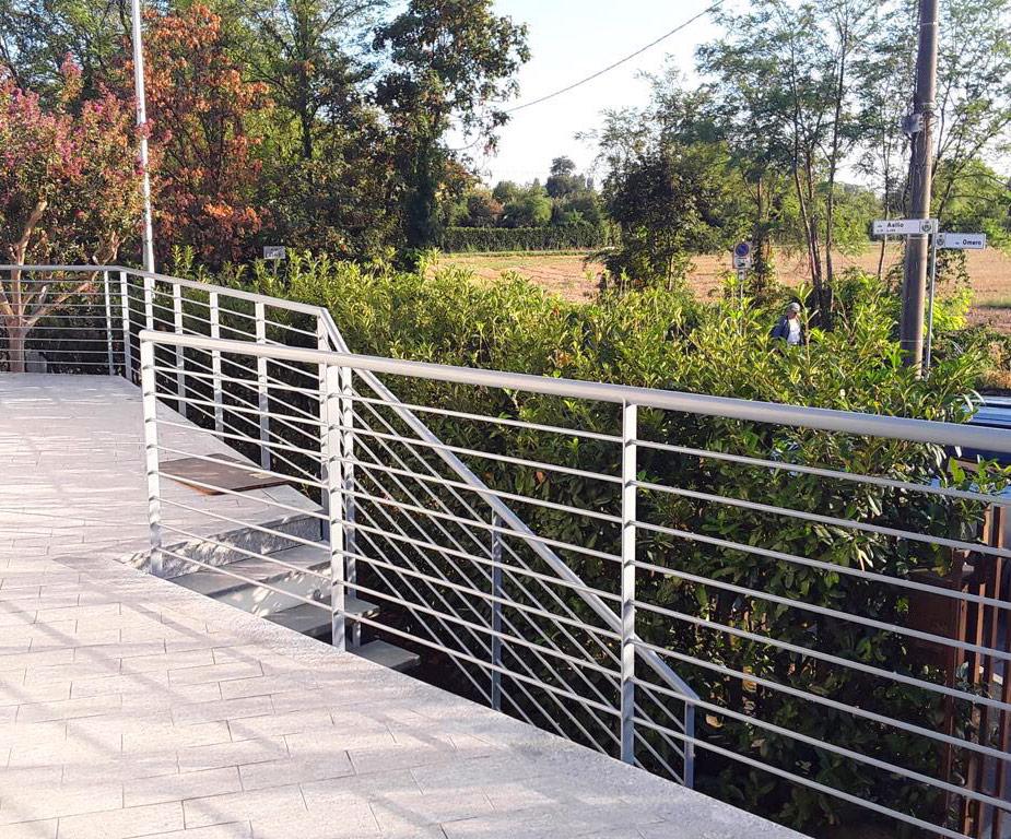 recinzione scala esterno paese opera ferro architettura paesaggio