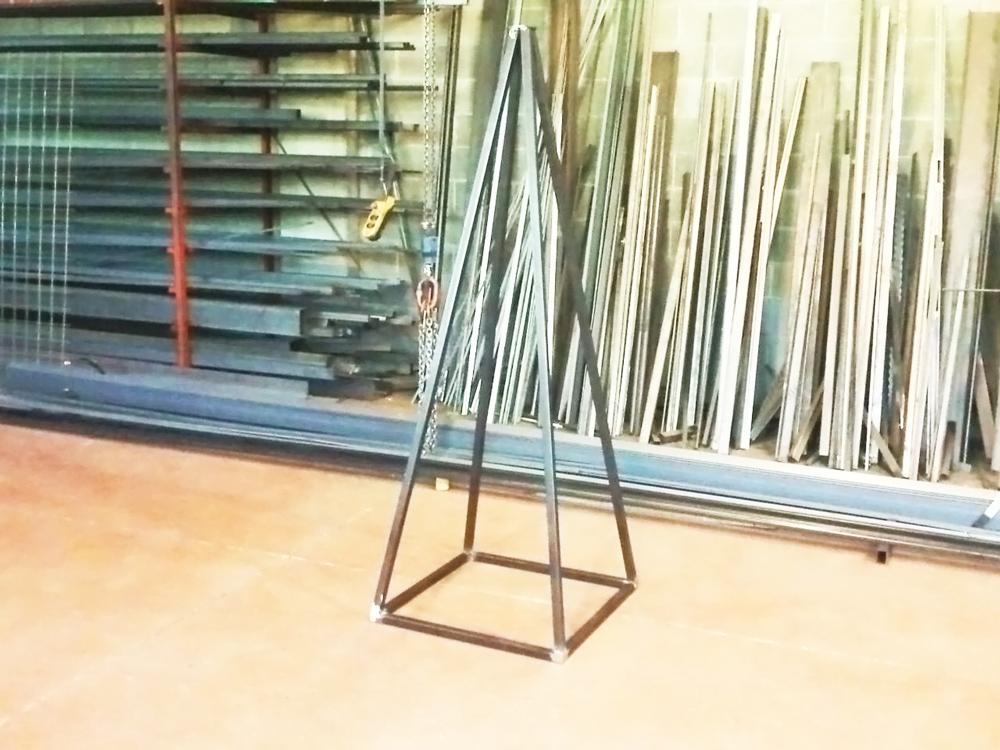 punta di piccolo albero decorativo per natale in ferro prodotto da fratelli gussoni